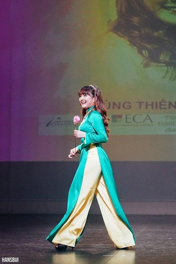Chung kết Miss University 2015: Nữ sinh Việt tại Úc khoe tài sắc - 6