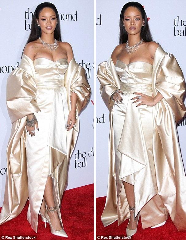 """Rihanna gợi cảm với """"vòng một"""" căng đầy - 8"""