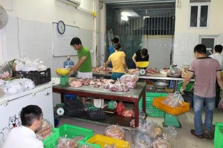 Chế biến thực phẩm cung cấp cho siêu thị Youmart.