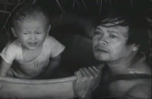Hình ảnh em bé là điểm nhấn trong phim Cánh đồng hoang.
