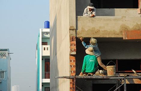 Người lao động chỉ làm việc khi được đảm bảo điều kiện an toàn lao động. Ảnh minh họa: HTD