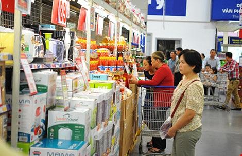 Hàng Thái đang dần chiếm lĩnh tại một số hệ thống bán lẻ Việt Nam. Ảnh: Tú Uyên
