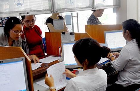 Doanh nghiệp đang làm thủ tục hoàn thuế tại Cục Thuế TP.HCM. Ảnh: HTD