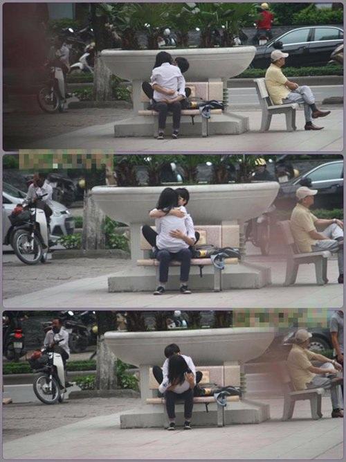Hình ảnh học sinh ôm, hôn nhau nơi công cộng gây tranh cãi