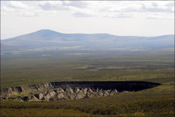 Hố đen bí ẩn ở Siberia thường xuyên phát ra tiếng động kì quái