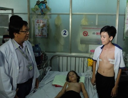 Một số trường hợp trẻ bị lõm ngực điều trị tại Bệnh viện Nhi đồng 1 TPHCM. Ảnh do bệnh viện cung cấp.