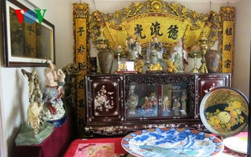 Cả không gian trong nhà đều dành hết cho các vật dụng truyền thống của Việt Nam