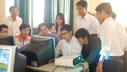 TS Nguyễn Bá Hải tại khóa học 1 đô la.