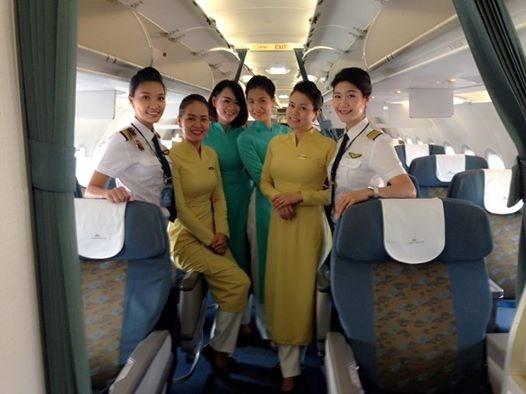 Lần đầu tiên trong lịch sử hàng không Việt Nam có một phi hành đoàn bay toàn bộ là nữ.