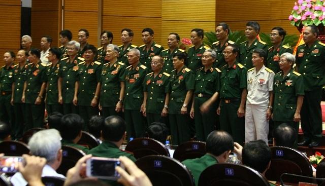 Các thành viên Ban Liên lạc mặt trận Vị Xuyên - Hà Giang (Ảnh: Xuân Hải)