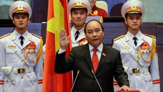 Ông Nguyễn Xuân Phúc làm lễ tuyên thệ nhậm chức Thủ tướng hồi đầu tháng 4/2016.