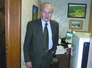 Đại tá KGB Viktor Cherkashin