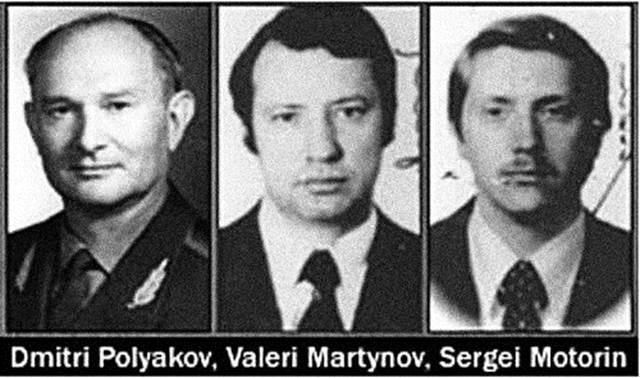 Bộ ba phản bội trong các cơ quan đặc biệt Xô Viết : Dmitri Poliakov , Valeri Martynov , Xergey Motorin . Ảnh : wikipedia.org