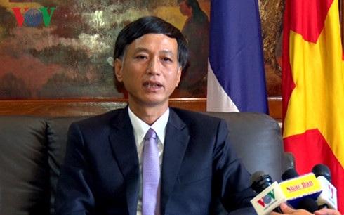 Đại sứ Nguyễn Tất Thành.
