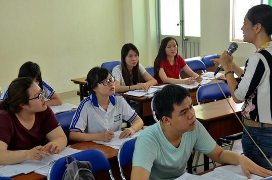 Sinh viên Trường ĐH Sư phạm TP HCM trong giờ học. (Ảnh: Tấn Thạnh)