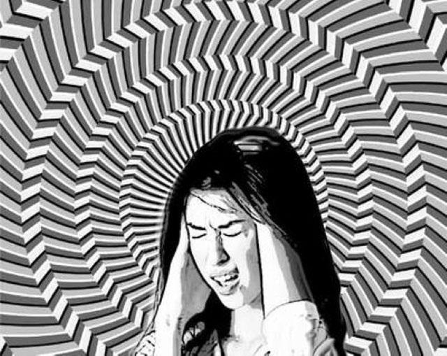 Bạn đừng chủ quan với triệu chứng hoa mắt chóng mặt. Ảnh minh họa