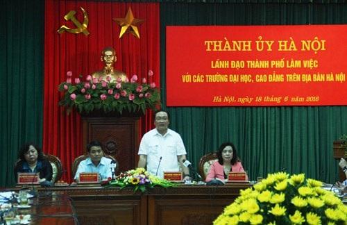 Ông Hoàng Trung Hải – Bí thư Thành ủy Hà Nội –khẳng định: Thành phố Hà Nội sẽ quyết liệt hơn trong việc nâng cao khả năng liên kết các trường ĐH, CĐ, học viện với các doanh nghiệp của thành phố.