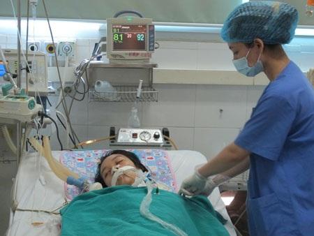 Một trường hợp viêm não hôn mê điều trị tại BV hồi đầu tháng 6. Ảnh: H.Hải