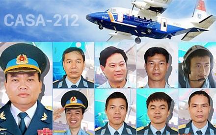 9 thành viên phi hành đoàn trên chuyến bay định mệnh đã hy sinh trong lúc bay đi tìm kiếm người đồng đội - phi công Trần Quang Khải. (Ảnh: VOV).