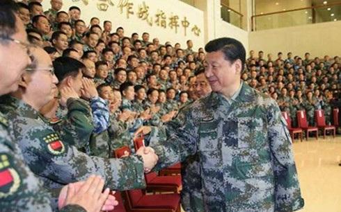 Ông Tập Cận Bình đảm nhận chức vụ Tổng Tư lệnh quân đội Trung Quốc. (Ảnh: Tân Hoa xã)