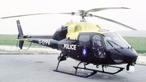Trực thăng cảnh sát ở Anh. Ảnh: BBC.
