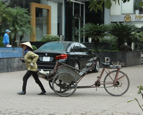 Chị Phạm Hương dự định sẽ ở lại Hà Nội làm dịp Tết để thêm thu nhập
