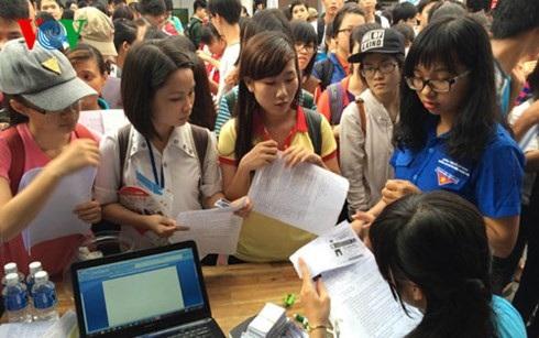 Có tới 90% học sinh tốt nghiệp THPT muốn vào ĐH, CĐ