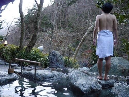 Du khách có thể hoà mình hoàn toàn vào thiên nhiên vì khách sạn không có internet hay wifi.