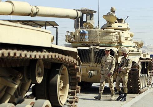 Xe tăng quân đội Ai Cập. Ảnh: Mohamed Abd El Ghany