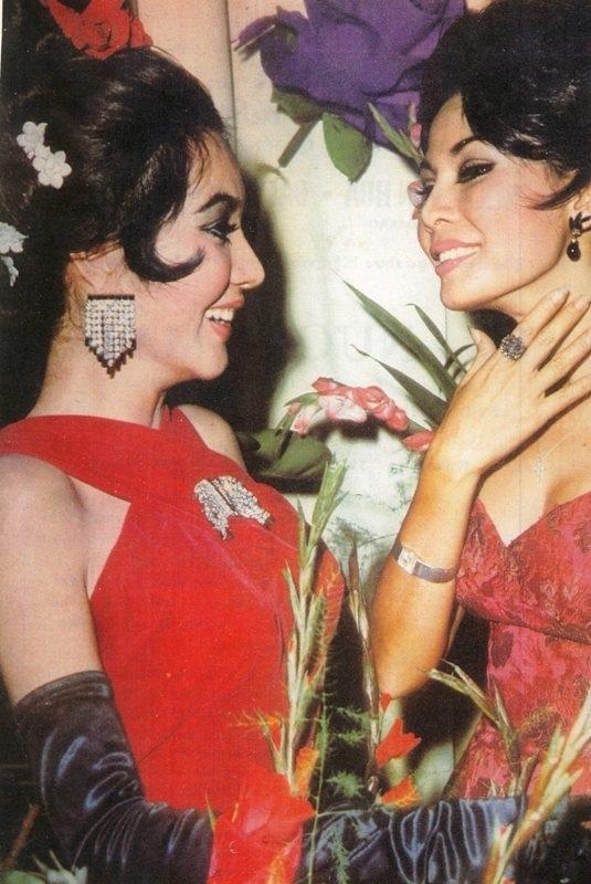 Trong thập niên 60 – 70, vẻ đẹp của Thẩm Thúy Hằng trở thành chuẩn mực, phong cách thời trang, cách chăm sóc sắc đẹp của bà được phái đẹp học hỏi.