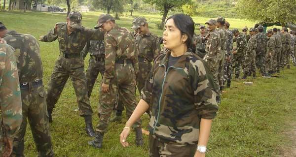 Seema luôn giành được sự tôn trọng của những người lính