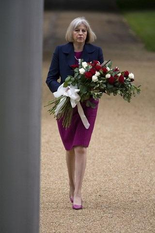 Thời trang đẹp mê mẩn của tân nữ Thủ tướng Anh - 13