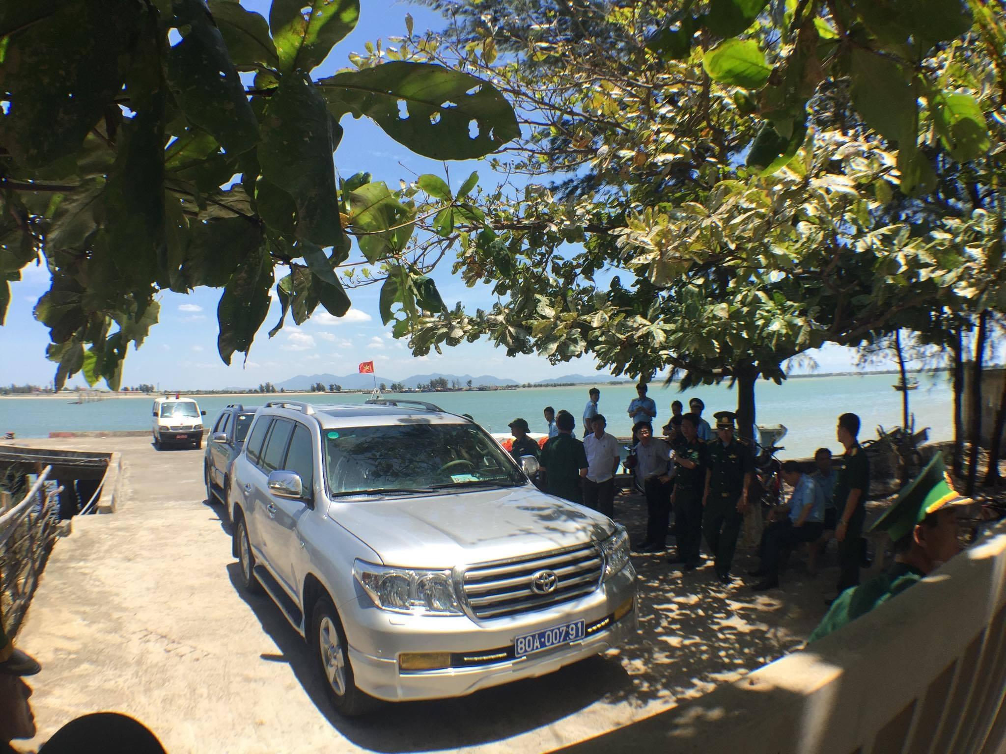 Phi công Nguyễn Hữu Cường trở về đất liền an toàn - 13