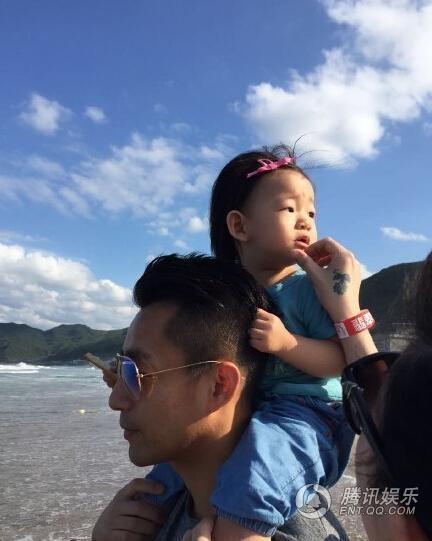 Con gái Từ Hy Viên càng lớn càng giống bố.