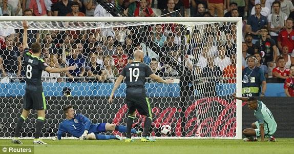 Nani nâng tỷ số lên 2-0 cho Bồ Đào Nha