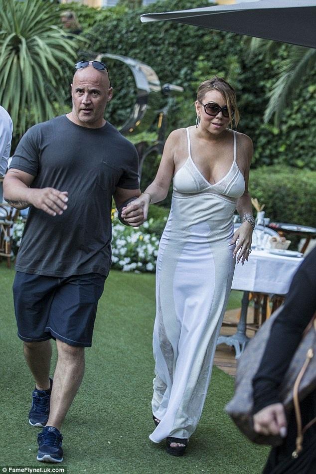 Mariah Carey đã có mặt tại Pháp từ vài ngày nay cùng chồng tương lai, tỉ phú James Packer.