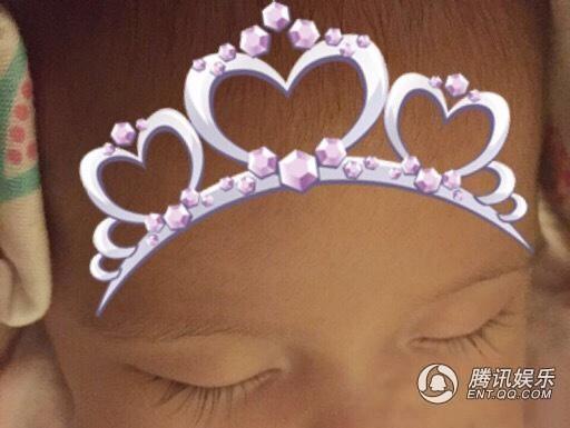 Vợ chồng Châu Kiệt Luân hạnh phúc khoe thiên thần nhỏ - 3
