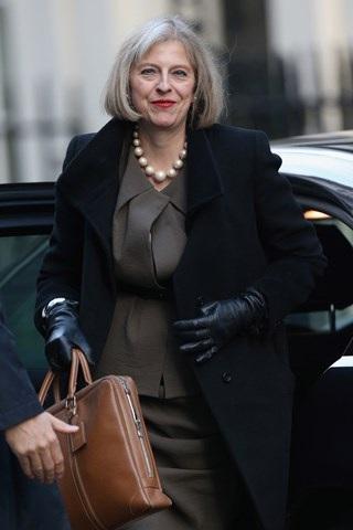 Thời trang đẹp mê mẩn của tân nữ Thủ tướng Anh - 16