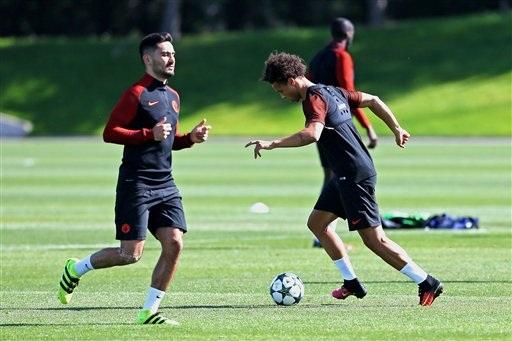Gundogan và Sane trở lại tập luyện cùng toàn đội là tin tốt cho Man City