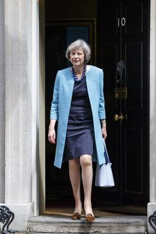 Thời trang đẹp mê mẩn của tân nữ Thủ tướng Anh - 18
