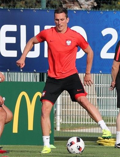 Milik, tiền đạo cắm của Ba Lan ở Euro 2016