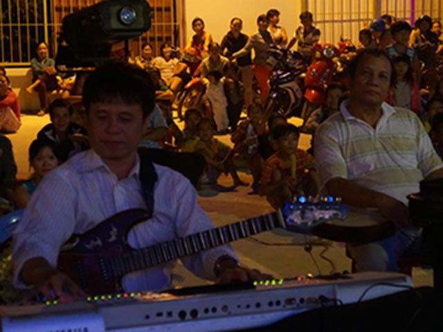 Dànnhạc của Đoàn văn công Tây Ninh. Ảnh:S.A