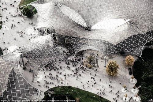 Thiết kế ấn tượng của trung tâm hội nghị Olympia ở Munich, Đức. Ảnh: Stankey Dellimore