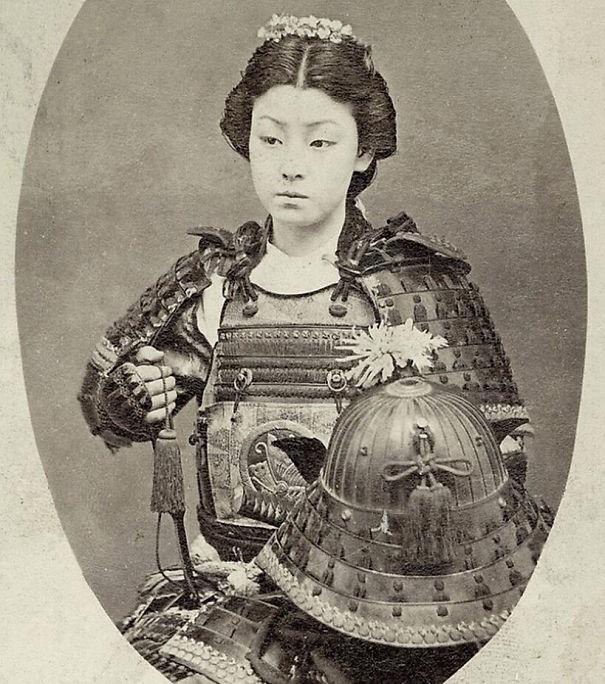 Nữ chiến binh Nhật Bản