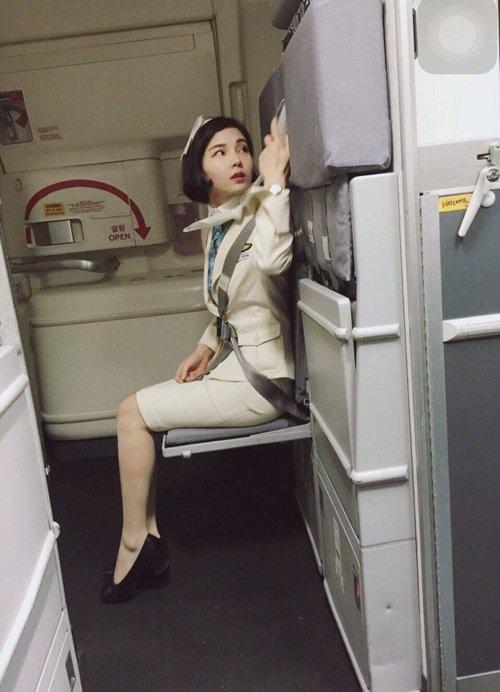 Cô nàng bắt đầu làm tại hãnghàng không Korean Air (KE) của Hàn Quốc từ năm 2015