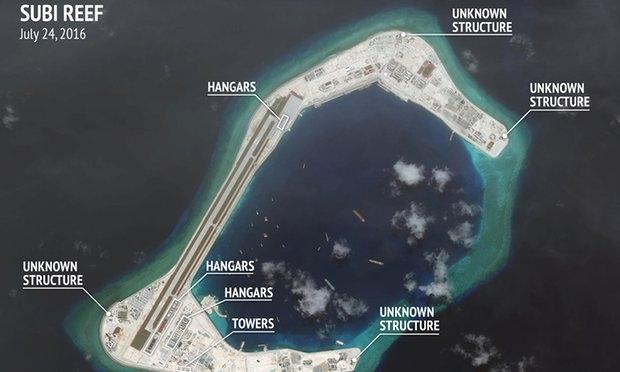 Ảnh chụp vệ tinh ngày 24/7/2016 cho thấy hoạt động xây dựng nhà chứa máy bay trắng trợn của Trung Quốc ở Đá Xu Bi thuộc quần đảo Trường Sa của Việt Nam. (Ảnh: CSIS)