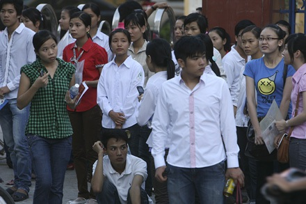 Năm nay, nhiều thí sinh chọn học nghề hơn học đại học