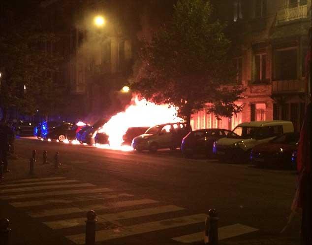 Nổ liên tiếp, lửa cháy rực trời ở thủ đô Bỉ - 2