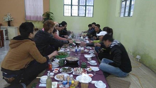 Bữa tất niên của công nhân