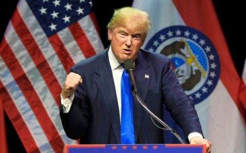 Bất chấp vụ ẩu đả tại Chicago, ông Trump vẫn không thay đổi giọng điệu của mình. Ảnh AP